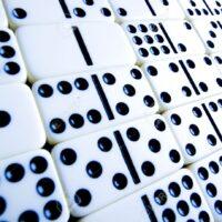 Domino Gambling